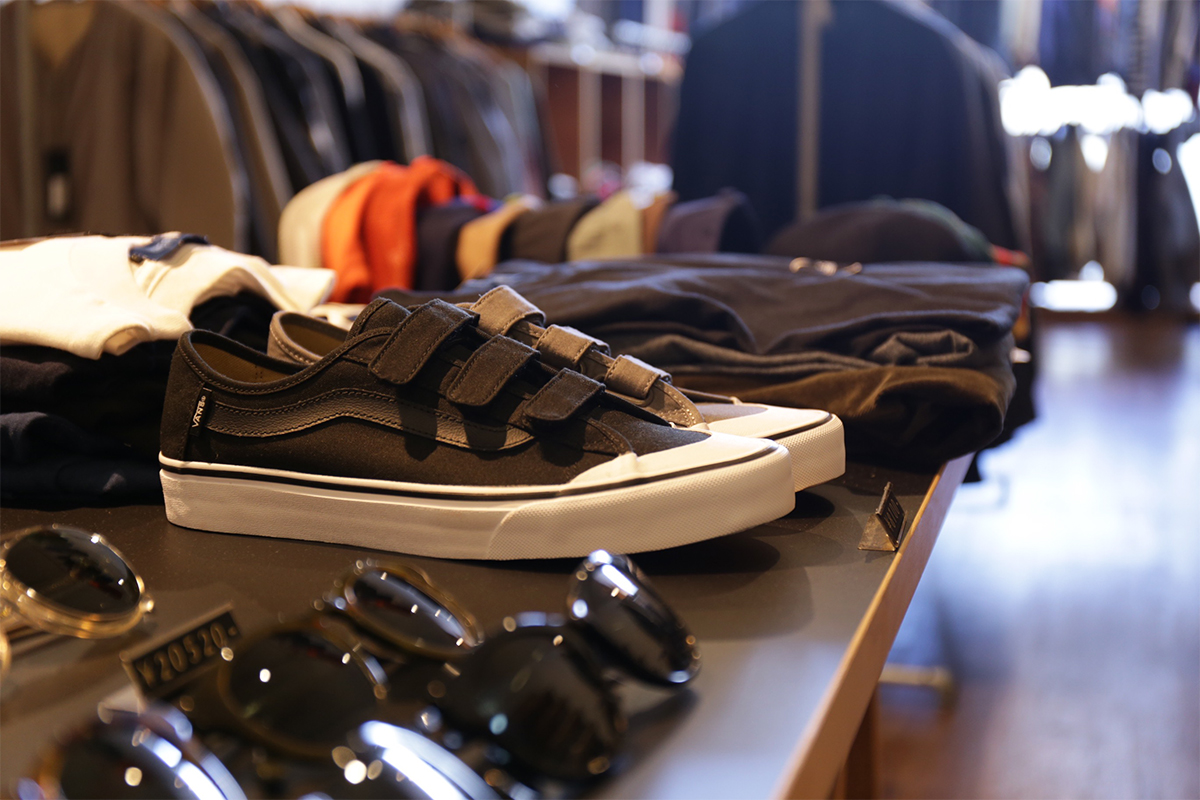 VANS / SURF LINE / BLACK BALL PRIZ