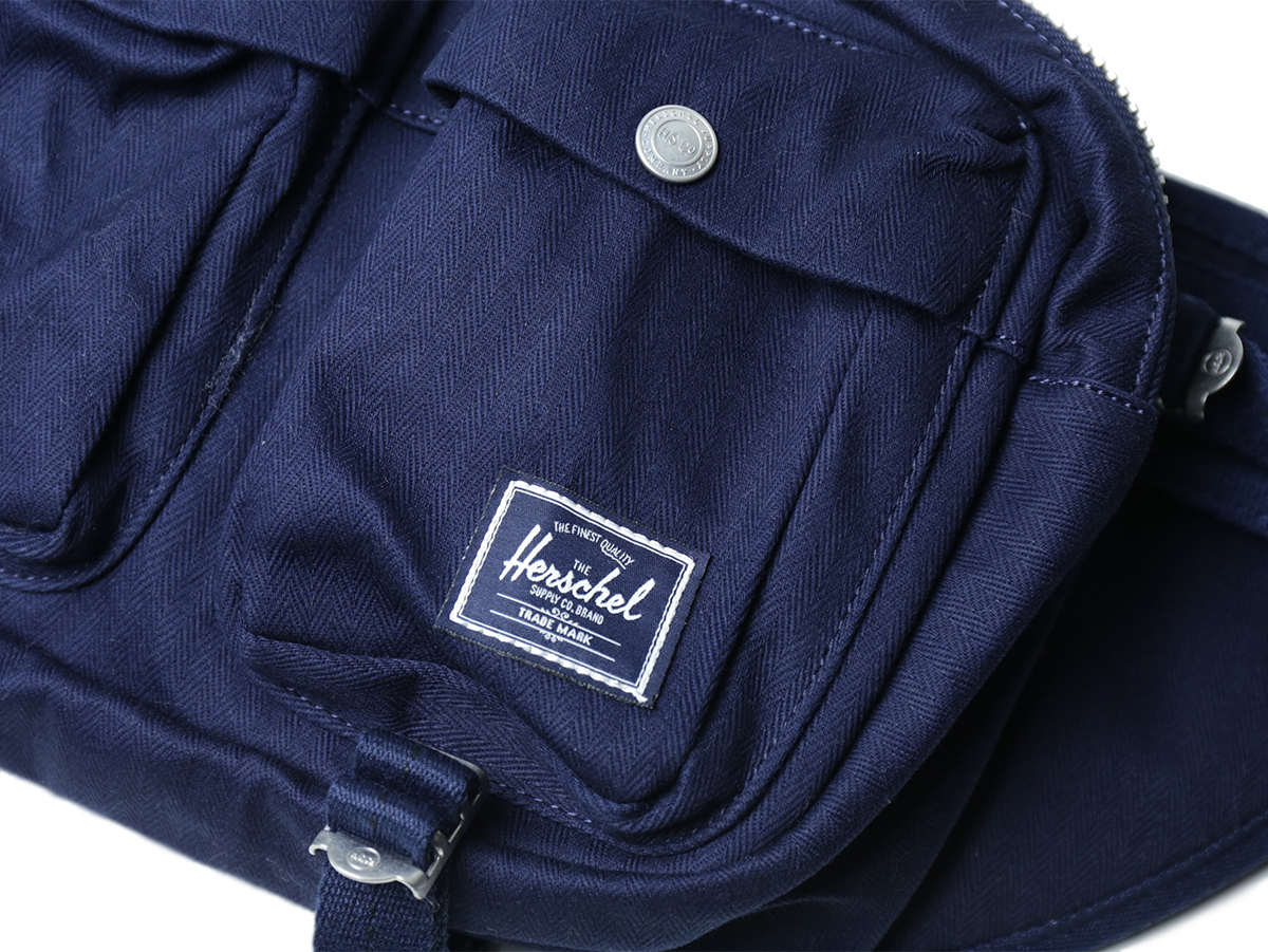 Herschel Supply HOLIDAY 2016 SURPLUS COLLECTION EIGHTEEN HIP PACK color : Peacoat
