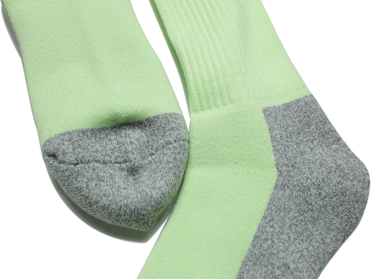 "L.I.F.E (LIVE IN FAB EARTH) / ""ICE"" Socks - Green"