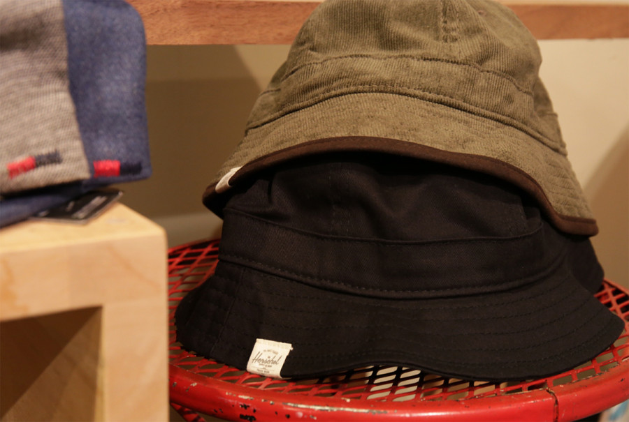 Herschel Supply / WINDSOR BUCKET HAT