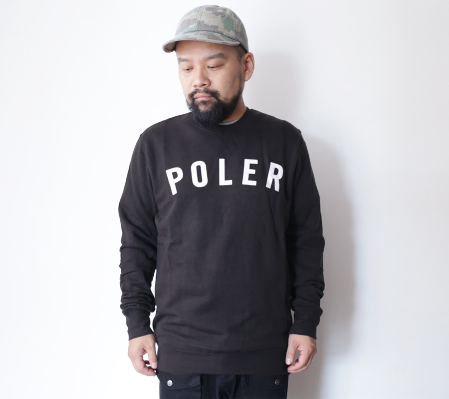 SNAP / POLeR OUTDOOR STUFF  FALL 16 COLLECTION  STATE CREW NECK  color : Black